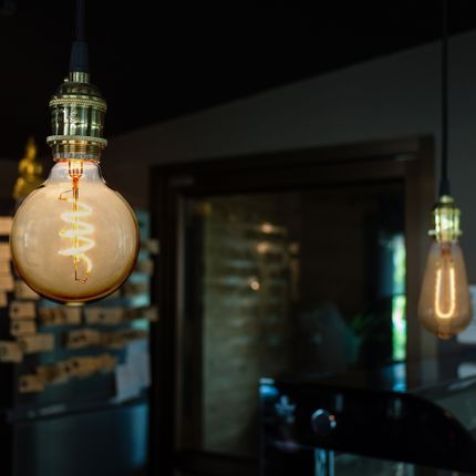 Ampoules - NEW VINTAGE LED CURVED FILAMENTS - SEGULA LED LIGHTING