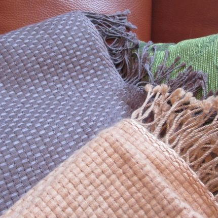 Throw blankets - Throws 100% Cashmere. All our garments have been designed in Barcelona, Spain. - Di Lucca 100% Cashmere