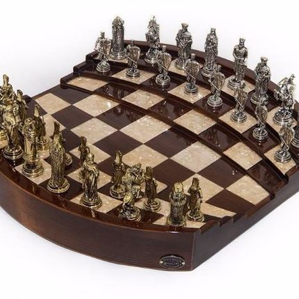 Gift - ARENA CHESS BOARD - HELENA WOOD ART