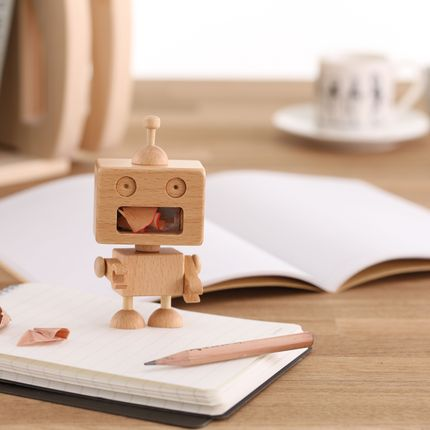 Paréo - Robot Pencil Sharpener - CARPENTER HANDMADE