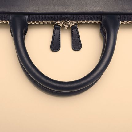 Leather goods - HANDLE TABLET CASE - NAVA DESIGN