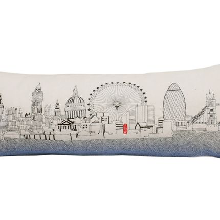 Chambres d'hotels - LONDON SKYLINE CUSHION - BEYOND CUSHIONS CORPORATION