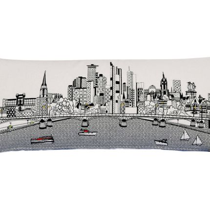 Chambres d'hotels - FRANKFURT SKYLINE CUSHION - BEYOND CUSHIONS CORPORATION