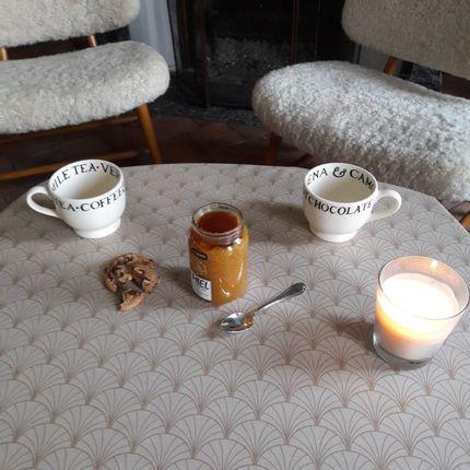 Linge de table - Nappe anti-tache en coton enduit Papyrus nacre - FLEUR DE SOLEIL