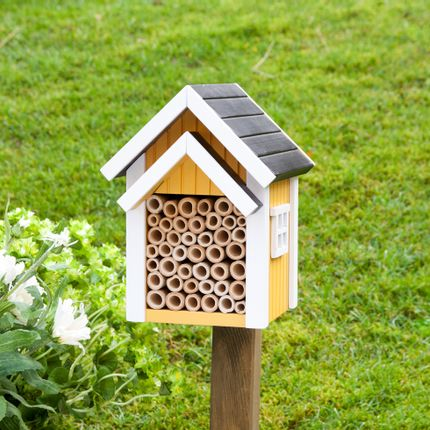 Garden accessories - Bee Nest Yellow - WILDLIFE GARDEN