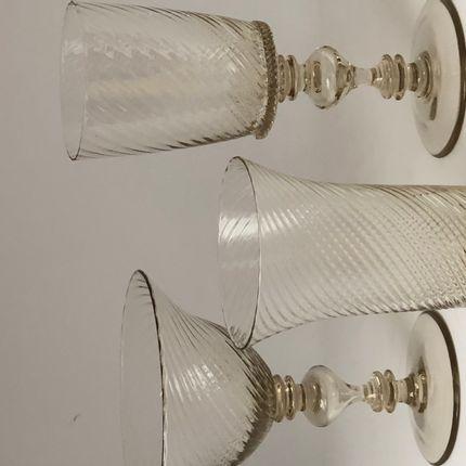 Assiettes au quotidien - F158B, P11B, F157B - TERUSKA HISTORICAL GLASS