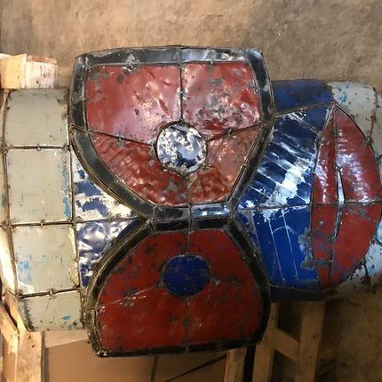 Décoration murale - masque en bidon  - LE COMPTOIR DU MEUBLE