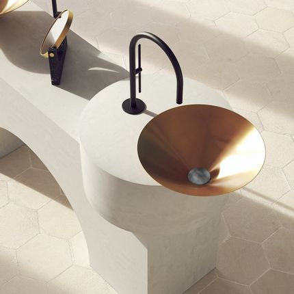 Spas - LETO brushed brass, stainless steel plug - BASSINES