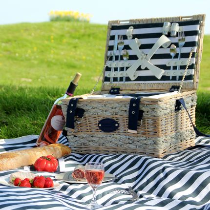 Decorative accessories - Collection of all equipped picnic baskets - LES JARDINS DE LA COMTESSE