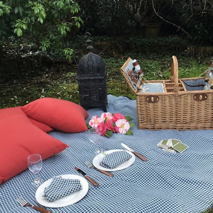 Decorative accessories - Collection of waterproof lapels for garden tables or picnics - LES JARDINS DE LA COMTESSE