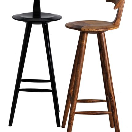 Chaises - Udita: A wooden bar stool - Alankaram