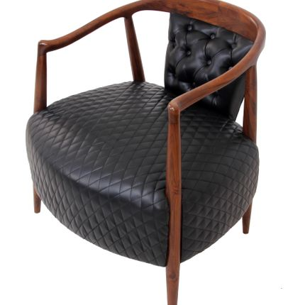 Chaises longues - Uru: A wide lounge chair - Alankaram