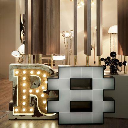 Éclairage LED - R Graphic Lamp - DELIGHTFULL