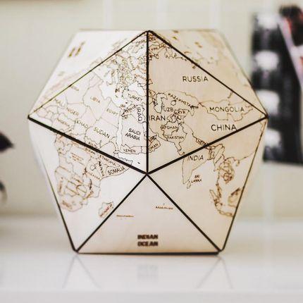 Objets design - Carte du monde d'icosaèdre en bois - ENJOYTHEWOOD