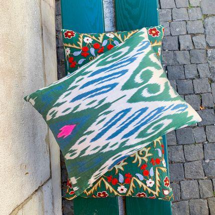 Cushions - Silk-Ikat Cushion - HERITAGE GENEVE