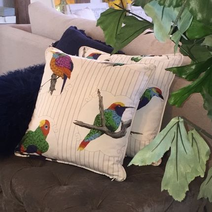 Cushions - Cushion FYV-Makaya-18x18 - YAËL & VALÉRIE