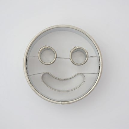 Kitchen utensils - Cookie cutter smiley - W! EUROPE S.R.O