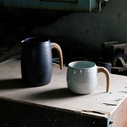 Mugs - Korean Ceramic artist : Shin Ki-bok - ICHEON CERAMIC
