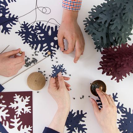 Decorative objects - Christmas paper ornaments - FABGOOSE