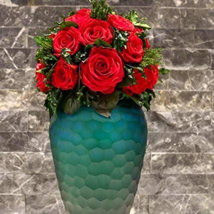 Floral decoration - Preserved Red Roses in  short Green Vase - VIVA FLORA