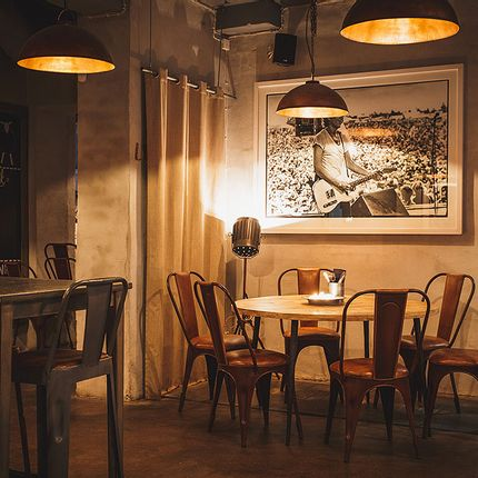 Chairs - Restaurant furniture - TRADEMARK LIVING A/S