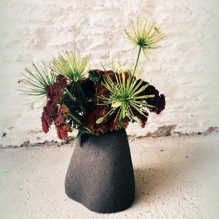 Ceramic - Black Mountain Vase - CAMILLE TREHOUT CERAMIQUE