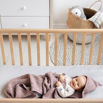 Serviette de bain - Waffle weave hooded linen baby towel in Woodrose - MAGIC LINEN