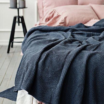 Throw blankets - Waffle linen blanket in Dark Gray - MAGIC LINEN