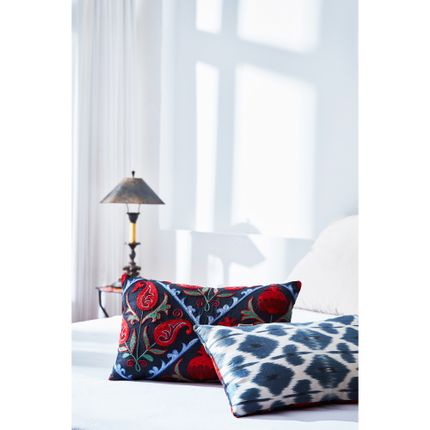 Comforters, pillows - Halicarnassus Suzani Cushion Double Sided With Ikat  - HERITAGE GENEVE