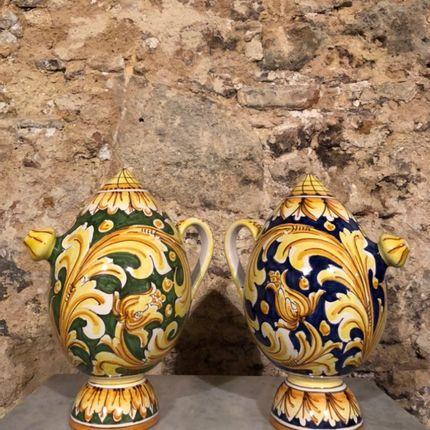 Céramique - Des cruches - MNEMOS