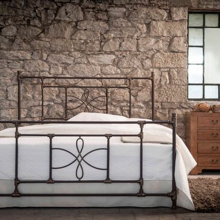 Lits - Industrial Style Handmade iron bed - Model Thalia - VOLCANO - HANDMADE IRON BEDS
