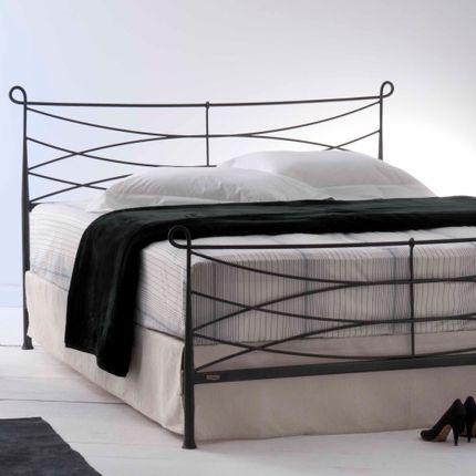 Lits - minimalist style Handmade iron bed - Model Toxo - VOLCANO - HANDMADE IRON BEDS