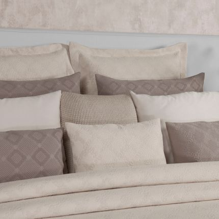 Bed linens - Nature Splash  Bedspread Collection - MIA ZARROCCO - FINE LINENS