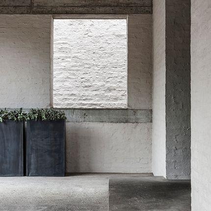 Pots de fleurs - ZINC - DOMANI