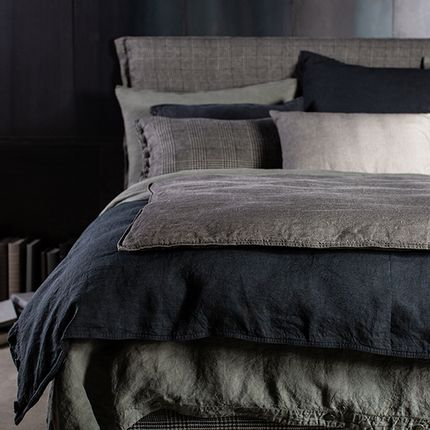 Bed linens - Sage & Black Bedding Set by Lissoy - LISSOY
