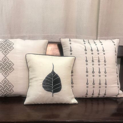 Cushions - handmade silk and cotton cushions - BUN.KAR BIHAR