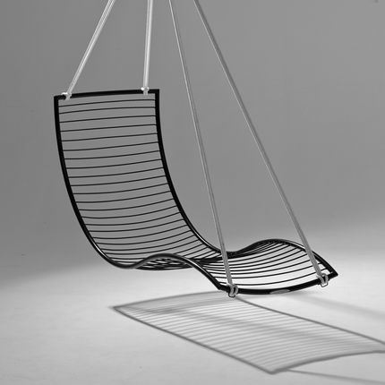 Lawn chairs - CURVE / POD hanging chair - STUDIO STIRLING