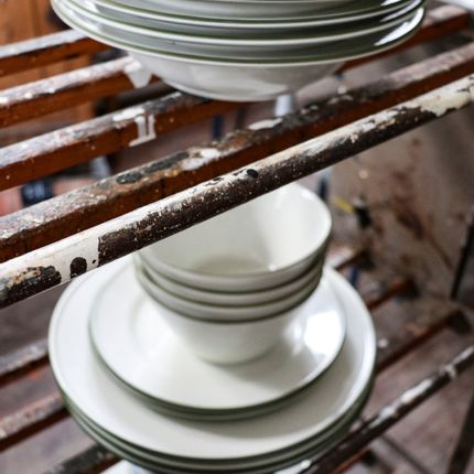 Everyday plates - Ovanåker Green tableware  - MANSES DESIGN