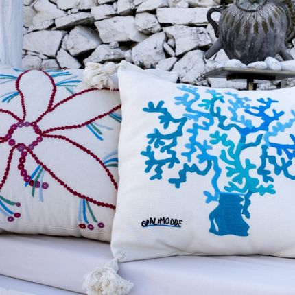 Cushions - Embroidered collection cushions  - LE BOTTEGHE DI SU GOLOGONE