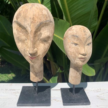 Sculptures / statuettes / miniatures - MASK / FACE - Wooden decoration with Stand - CASA NATURA