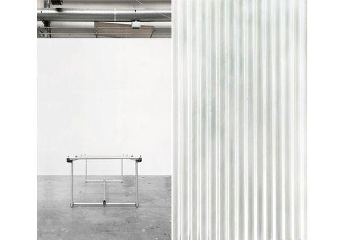 MESURE - Lorving-Site Table - Carrara marble, resin and aluminum powder