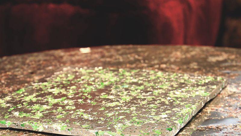 XAVIER LAVERGNE ATELIERS - Precious pewter and Murano glass.