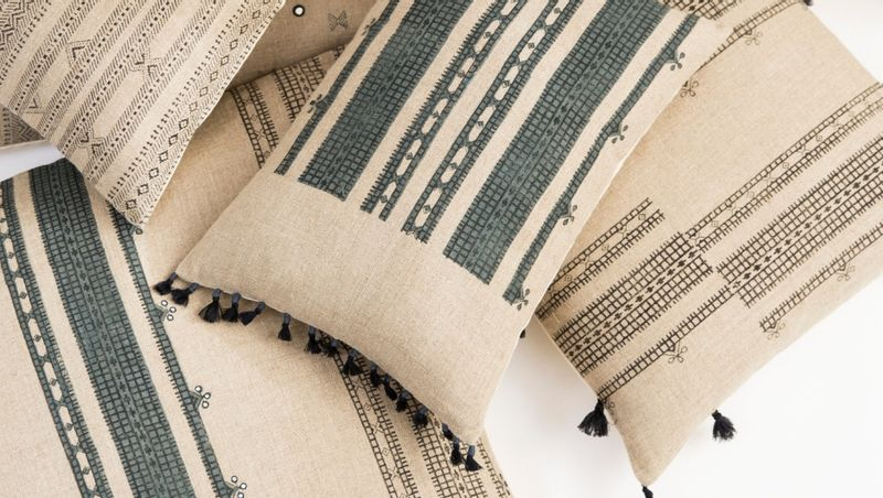 FILLING SPACES - Hand made fabric