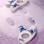 Spa and wellness - White and Blue Porcelain Massage Tool - ILLO ILLO