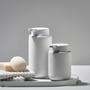 Porte-savons - Distributeur de savon Ume Noir - ZONE DENMARK