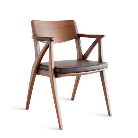 APEX BRASIL - Aurora Chair   Aristeu Pires