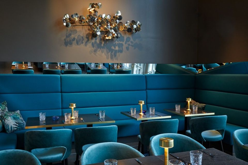 Check Decorazioni S Unique Restaurant Design That Is All About Embracing The Classic Blue Mom The Maison Objet Experience All Year Round